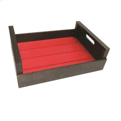 Caja de madera con base roja