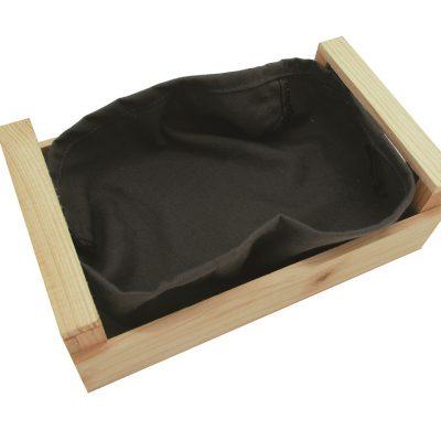 Panera de madera con tela