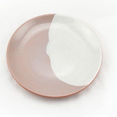 plato de barro decorado blanco
