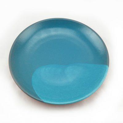 plato de barro verde turquesa